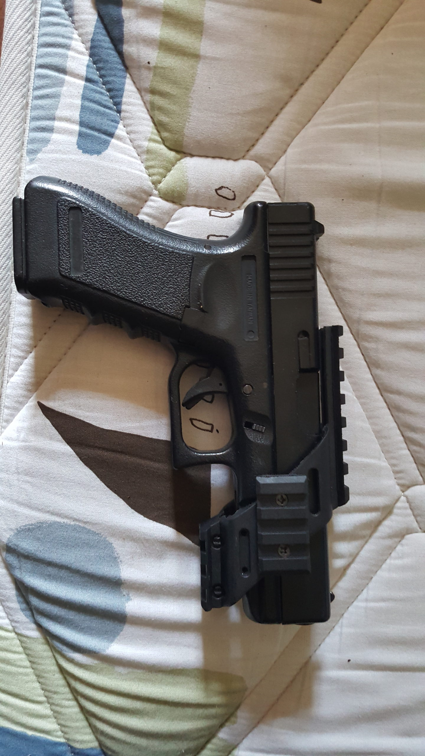 Glock 17 abs