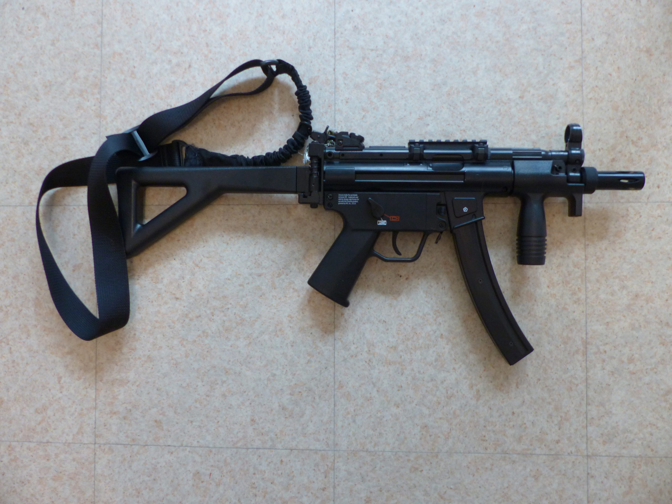 MP5K – 4,5mm BB – Co2