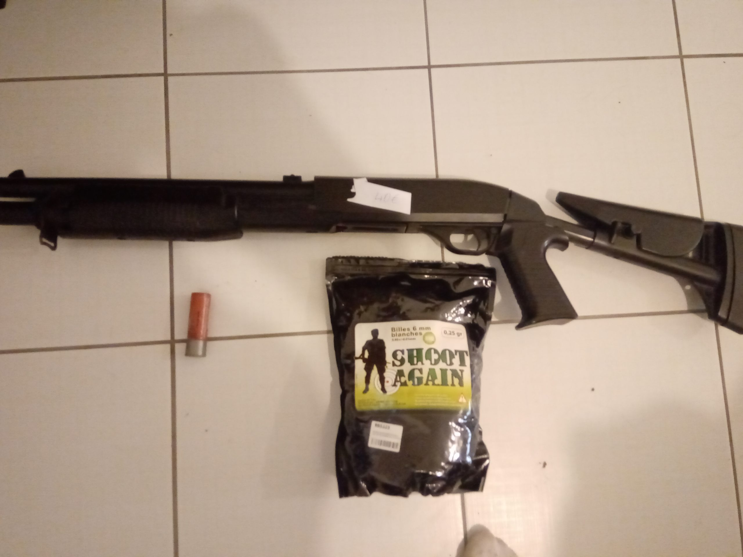 Réplique fusil à pompe