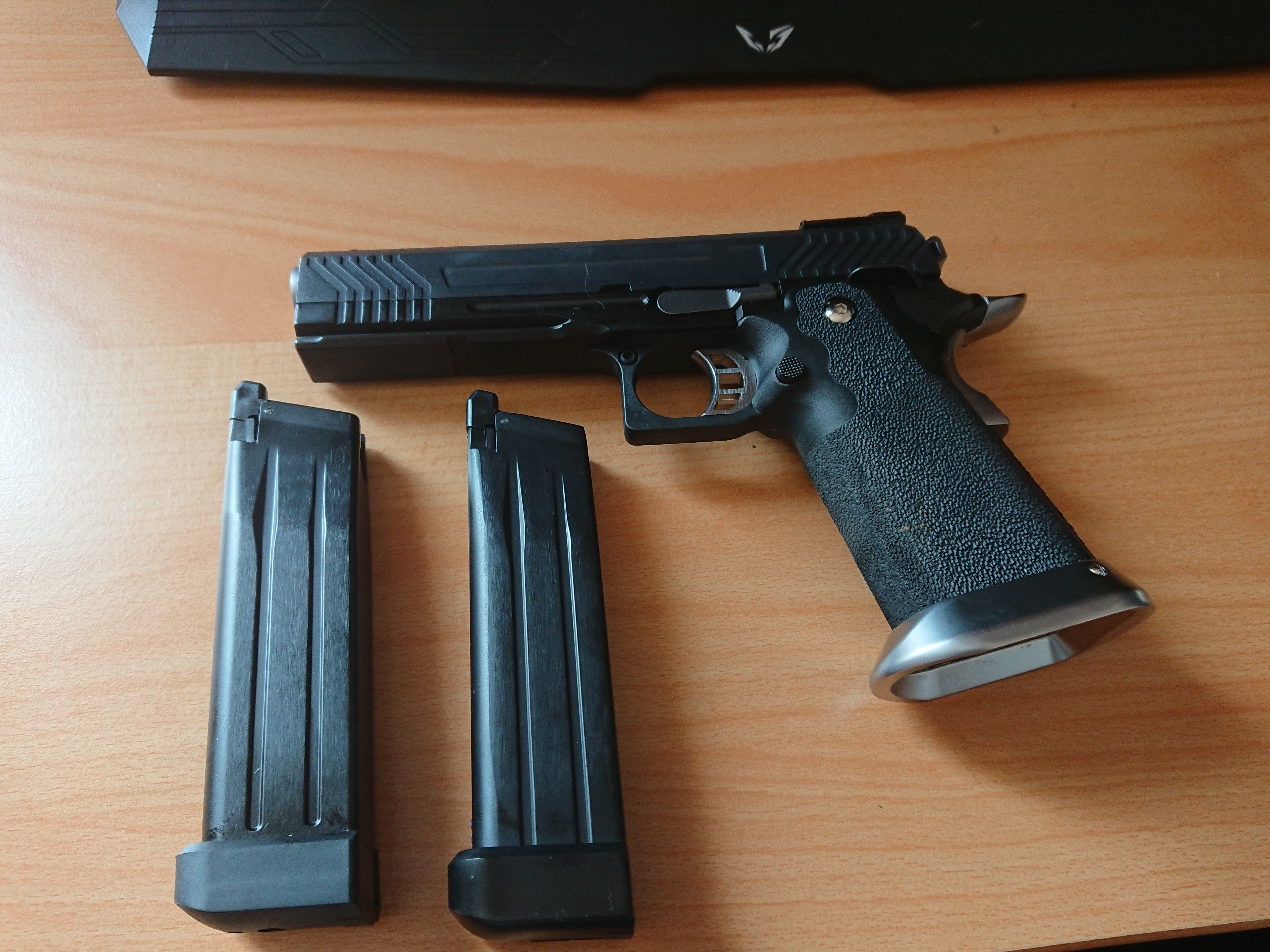 réplique airsoft 1911 custom