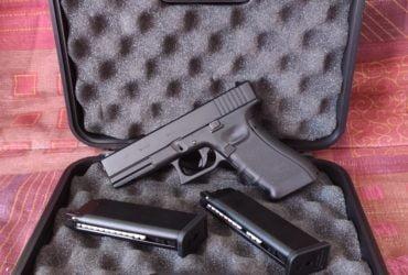 Glock 17 gaz blowback avec son holster moulé SOC RTI