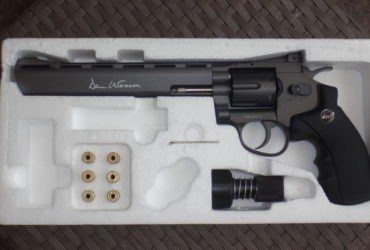 "Dan Wesson  8"""" Revolver ASG avec coffret transport"