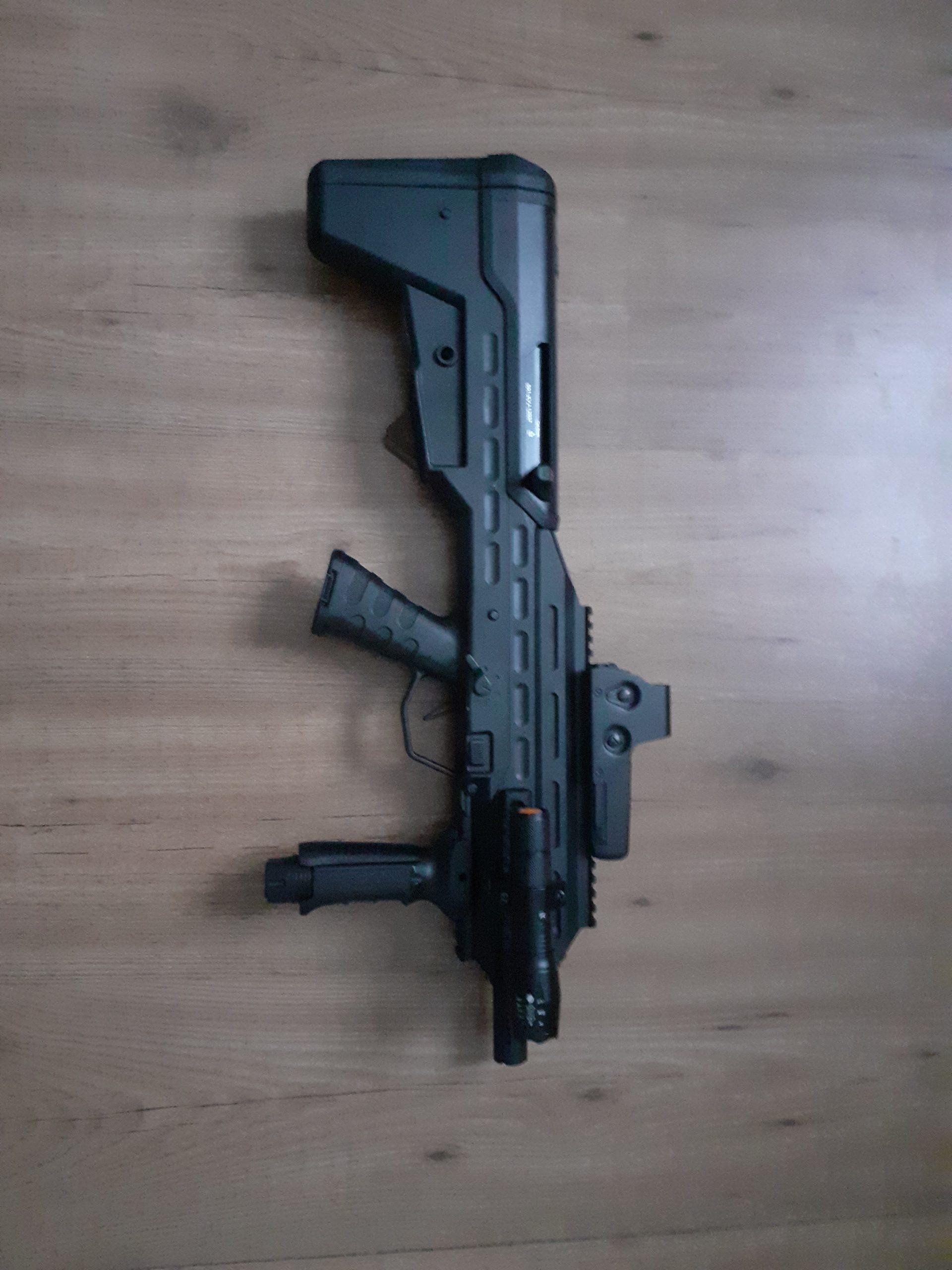 UAR 501