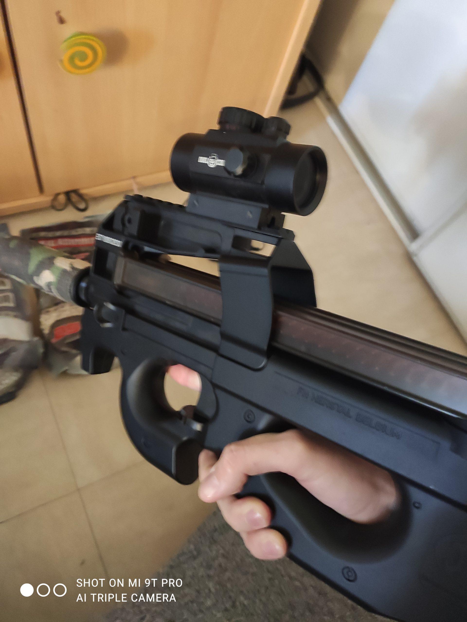 P90 FN Herstal 2 joules
