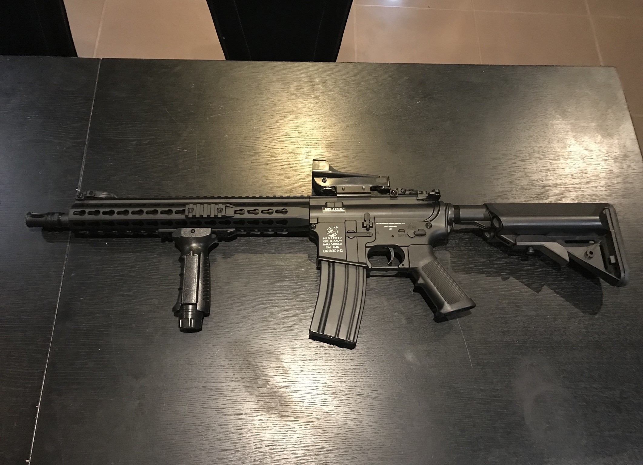 Vend M4A1 PROPERTY of us neuve