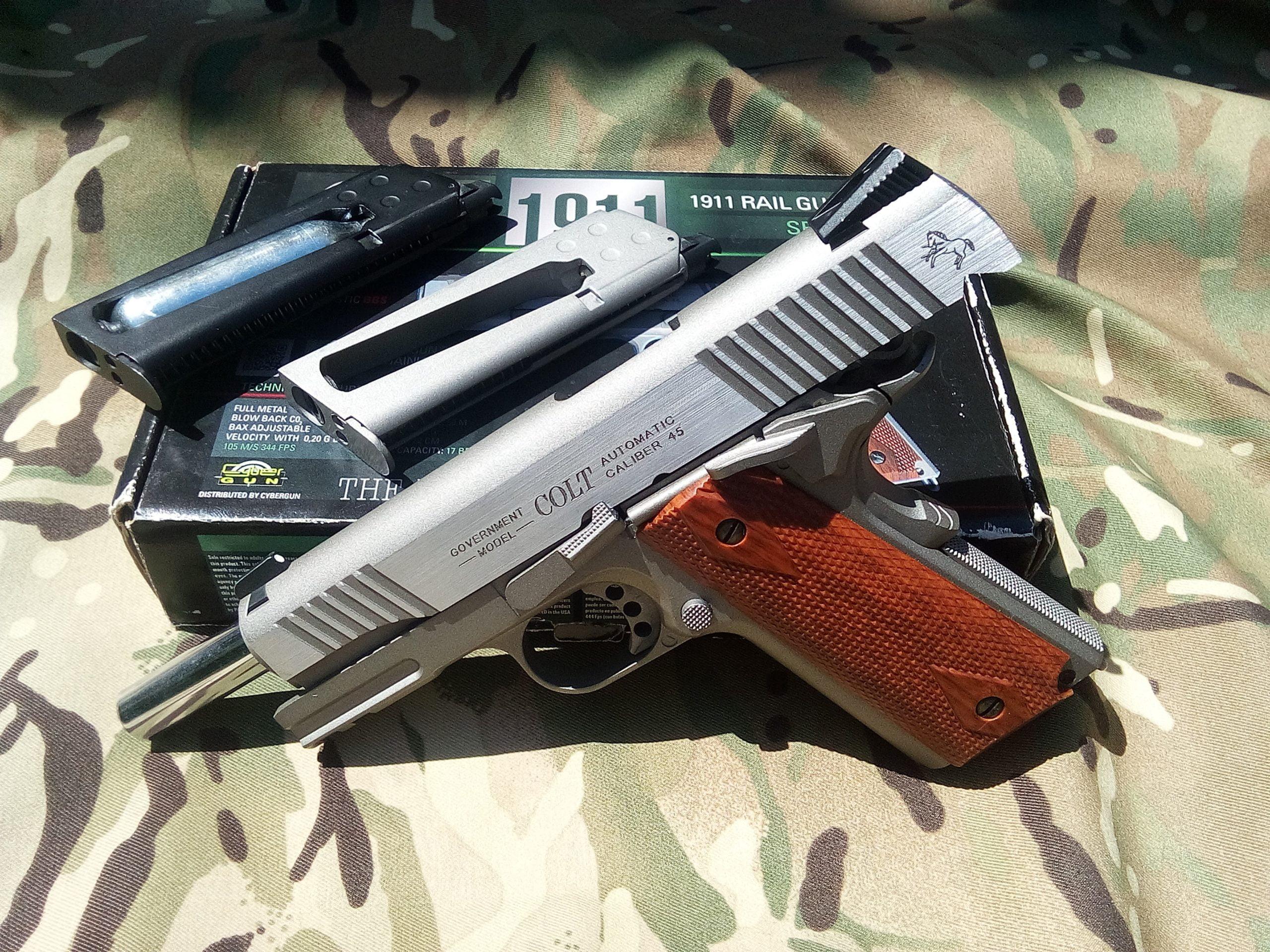 Colt 1911 (blowback)