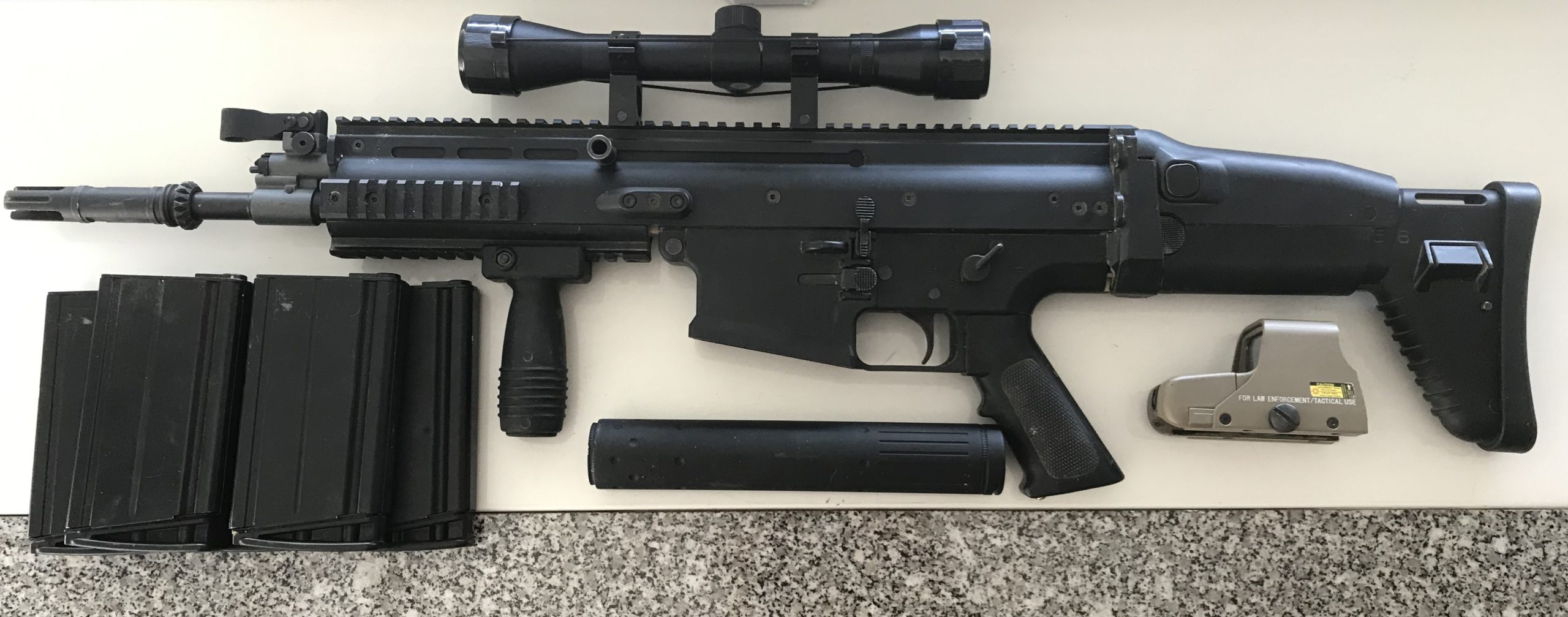 Scar h VFC UPGRADE, 5 chargeurs, Lunette 4×32, viseur HOLO, silencieux angry gun, poignée