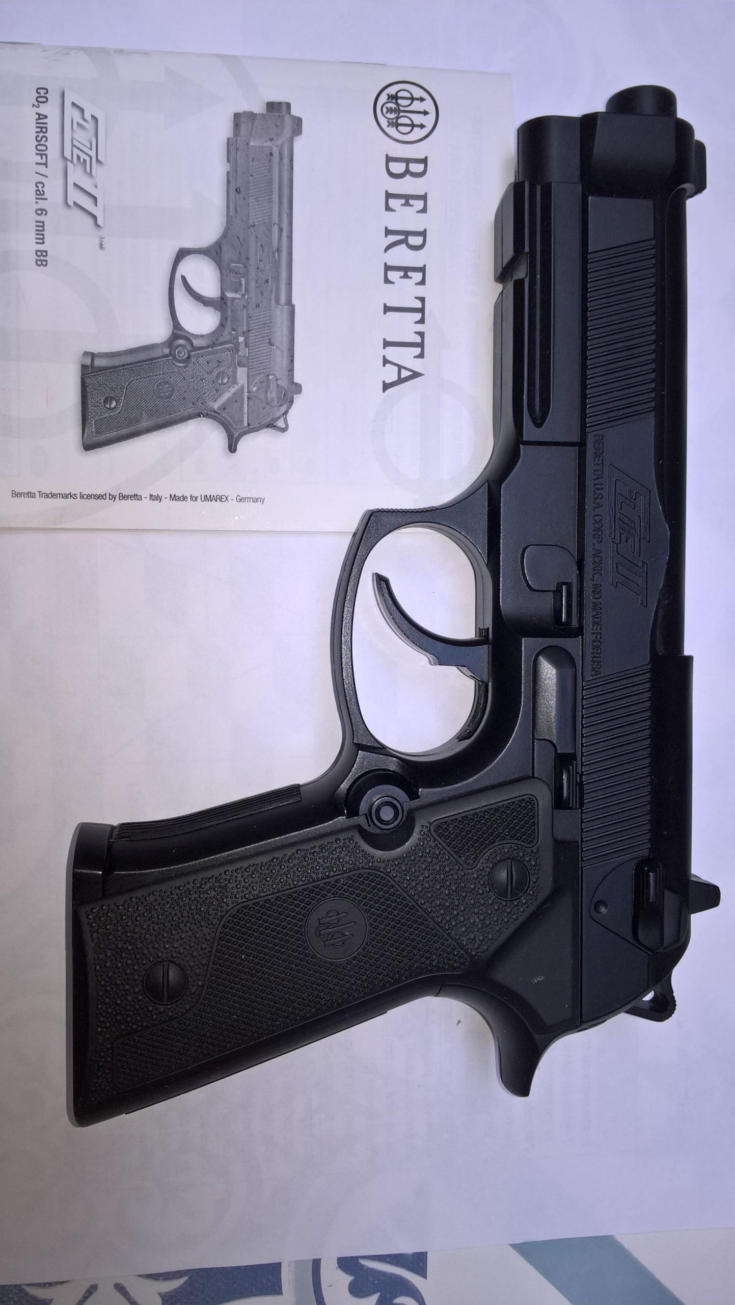 Pistolet Beretta Elite II, CO2